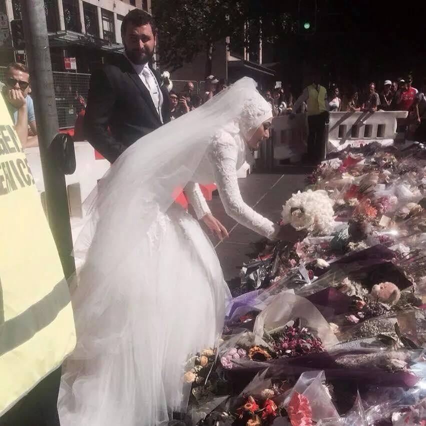 Muslim bride's unique Martin Place tribute