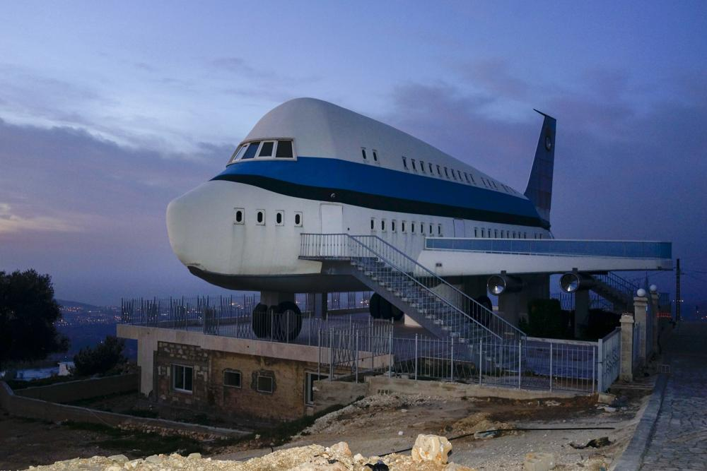 The Airplane House