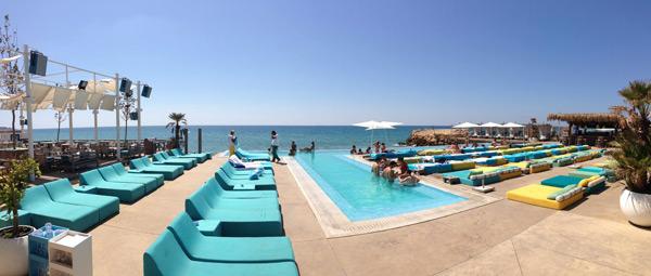 Iris Beach Club, Damour