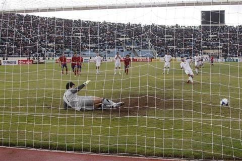 Lebanese player Abbas Atwi scores from a penalty. (Mohammad Azakir/The Daily Star)