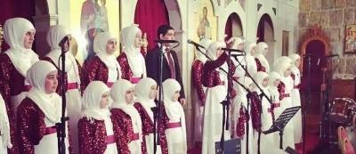 """""""Jam3iyyat Al Mabarrat Al Khayriyya"""" chanting Christmas Carols in Dhour El Choueir"""