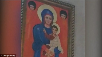 Miracle at St Charbel's Church, Sydney! Watch Virgin Mary's lips 'MOVE' on painting during prayer