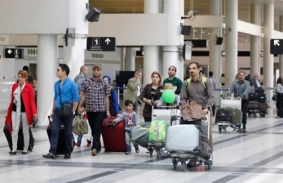Tourist arrivals to Lebanon unhurt by trash crisis
