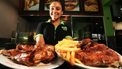 Finger lickin' feud: Top chefs battle over Sydney's best birds