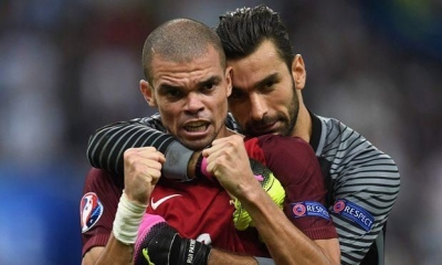 The goalkeeper Rui Patrício and defender Pepe. Photograph: Patrik Stollarz/AFP/Getty Images